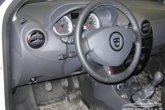 Dacia-Duster-2012-Tempomat-beszerelés_02