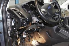 Ford Focus 2012 - Tempomat beszerelés (AP900C)_01