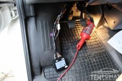 Ford-Transit-Lakóautó-2006-Tempomat-beszerelés-AP900_02