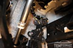 Mitsubishi-Lancer-2014-Tempomat-beszerelés-AP900Ci_02