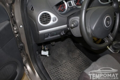 Renault-Clio-Grand-Tour-2013-Tempomat-beszerelésAP900_09