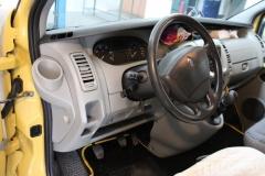 Renault-Traffic-2009-Tempomat-beszerelés-AP900_03